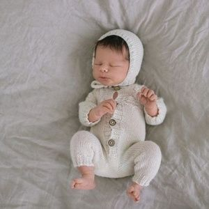 Other - Soft white baby bonnet